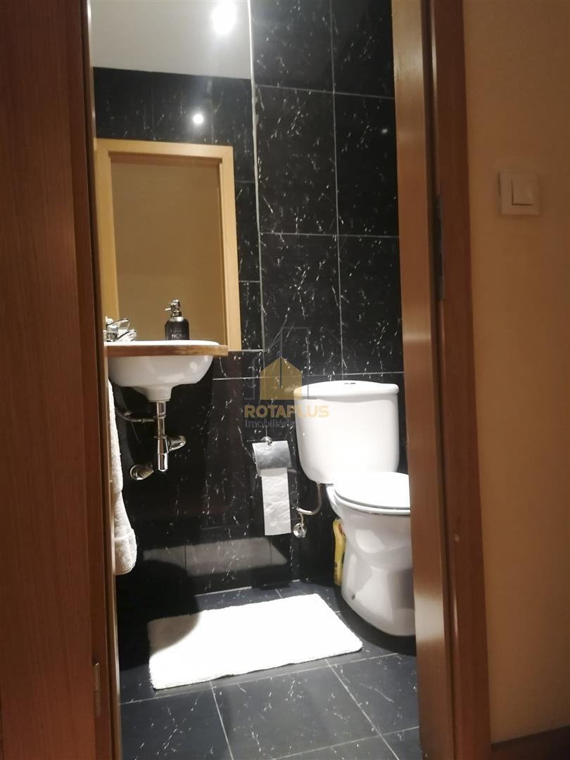Dienst toilet