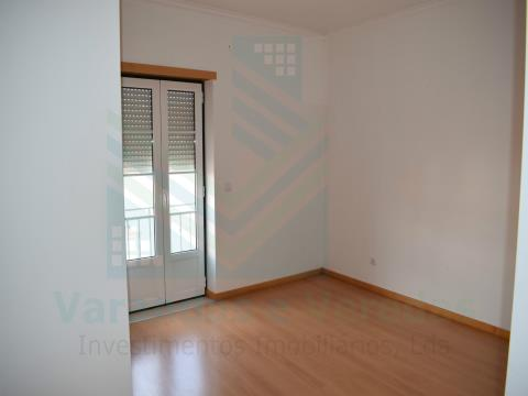 3 bedroom apartment with central aspiration Torres Novas