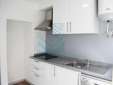 Apartamento T2 remodelado Torres Novas