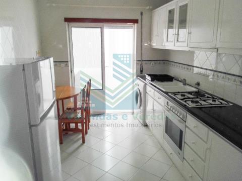 Apartamento de 2 dormitorios con ascensor en Figueira da Foz