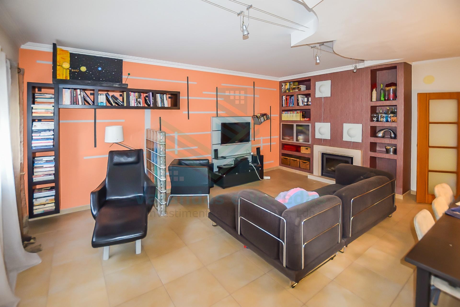 Apartamento T3 em condomínio fechado Entroncamento