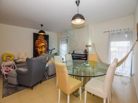 Appartement de 3 chambres avec parking et stockage Torres Novas