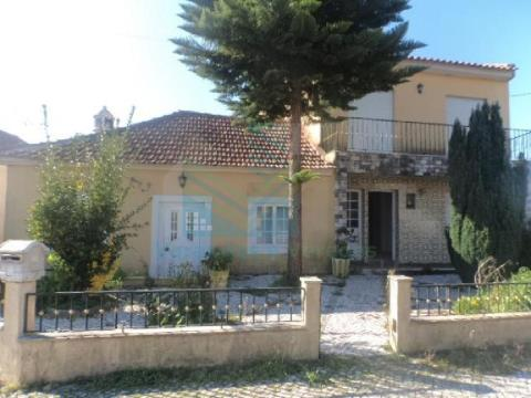 House 5 Bedrooms Ourem