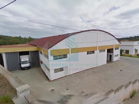 Entrepôt industriel Tomar