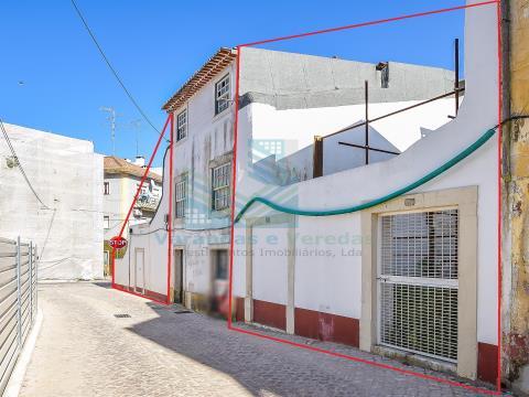 Urban Building for reconstruction in Torres Novas