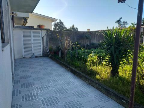 Moradia T4 com terreno Gueifães - Maia