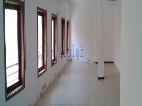 Escritório 47m²- Matosinhos - São Mamede de Infesta (Investidores)