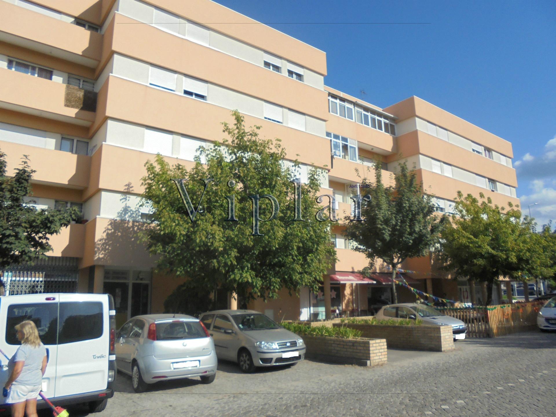 Apartamento T3 - Lousada/Silvares (Centro)