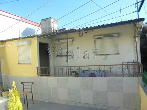 Moradia T1+1 - Leça do Balio - P/ Restauro