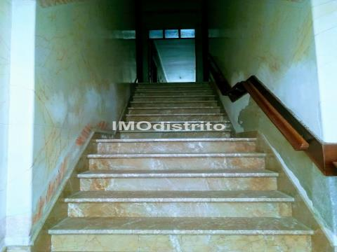 Moradia >=T10