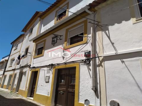 Zweifamilienhaus 1+ 1 Schlafzimmer DÚPLEX