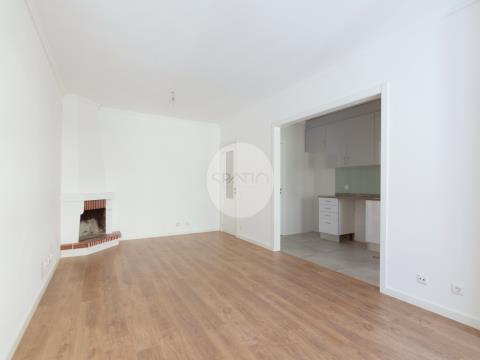 Apartamento T2 Renovado * Maia