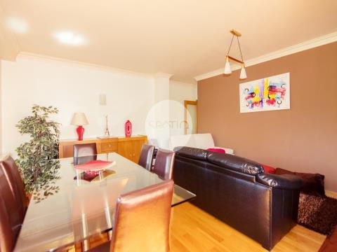 Apartamento T2+1 * Carvalhido