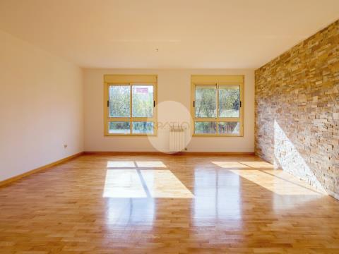 Apartamento T3 com lugar de garagem - Ermesinde, Santa Rita