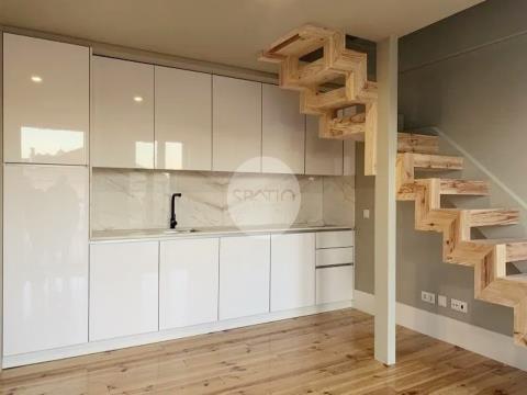 Apartamento T1 duplex novo * R. Santo Ildefonso