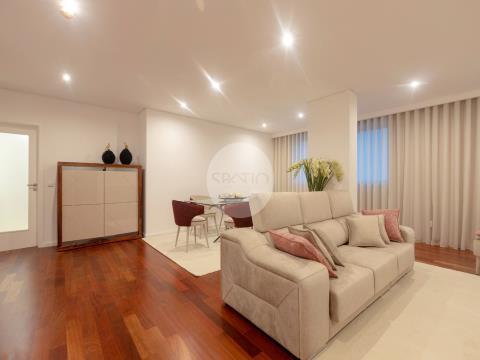 Últimos para venda * T3 Novo com 2 Lugares de garagem * Av. Boavista
