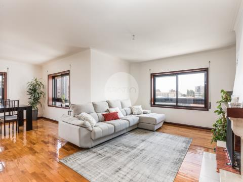 Apartamento T3 renovado 2017 * Av. da Repúlica, El Corte Inglés * V. N. Gaia