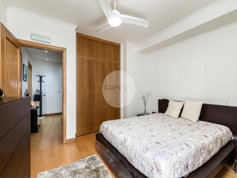 Apartamento T3 duplex com 2 lug. garagem  * Quinta das Luzes * Gondomar