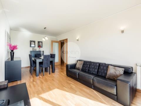 Apartamento T2 com varandas * Prelada