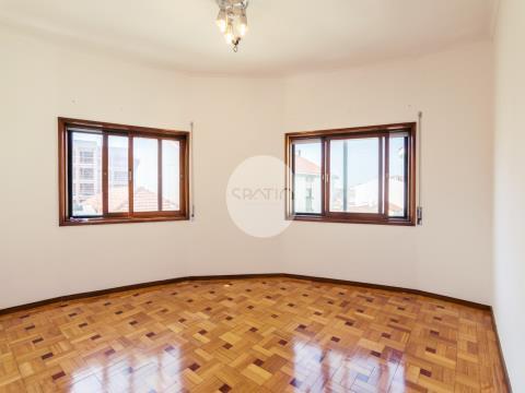 Apartamento T3+1  Marquês * Investimento