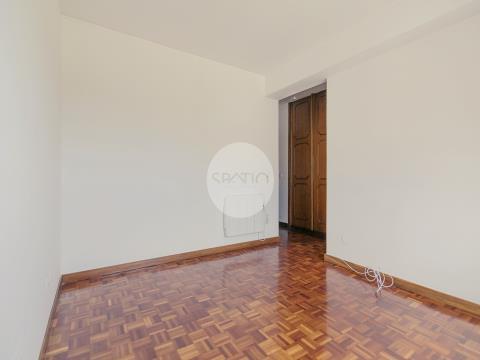 Apartamento T3 c/ 125 m2 * Cidade da Maia