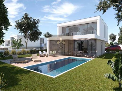 Lote de terreno para construção de Moradia T3 com piscina em Pêra