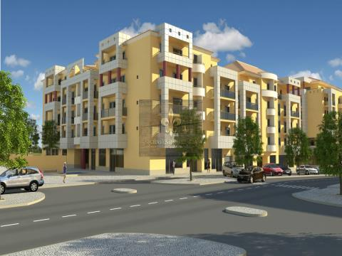 Appartement penthouse T2 en construction dans le centre d´Albufeira
