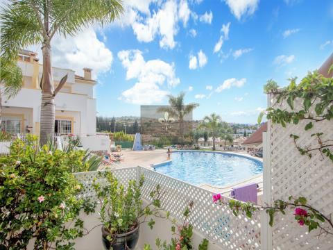 Magnifica Moradia T2 + Apartamento T2 com piscina em Albufeira.