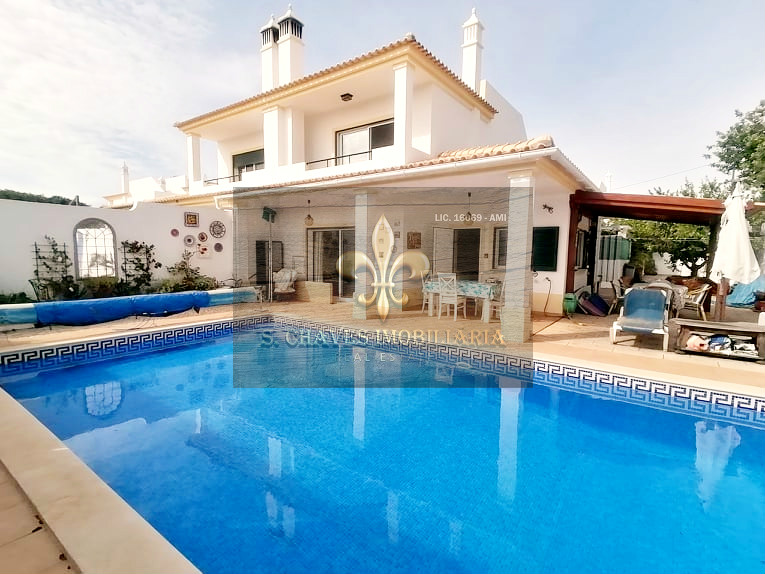 3 Bedroom Villa with swimming pool in Paderne