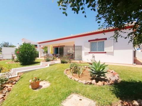 Maison indépendante de 3 chambres avec Box garage à Cerca Velha - Paderne