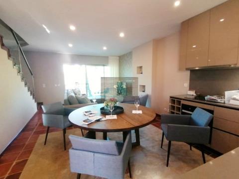 Moradia V2 em condomínio privado -  Alcantarilha