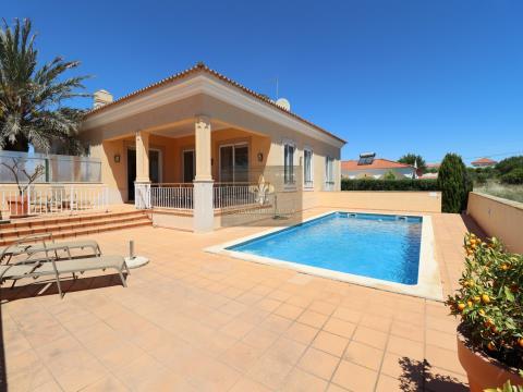 4-Schlafzimmer-Villa mit Schwimmbad in Vale Carro - Olhos de água - Albufeira