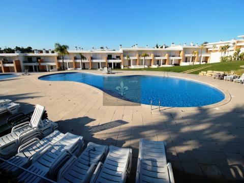 Villa T2 avec piscine à Branqueira - Albufeira