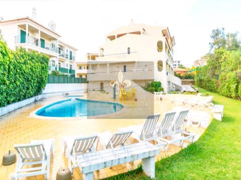 Apartamento T2 com piscina em Olhos de Água
