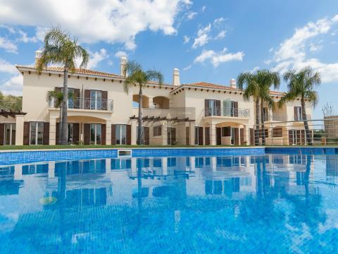 Moradia V2 Nova estilo Mediterrânica com piscina em Albufeira.