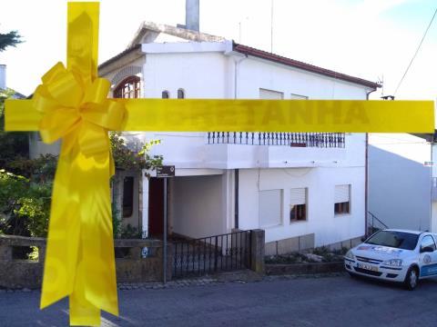 VENDIDO - T2 - Belmonte - p/ Remodelar