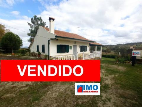 VENDIDO - Quinta C/ Moradia - Peraboa - Covilhã - 6650 m2 de Terreno