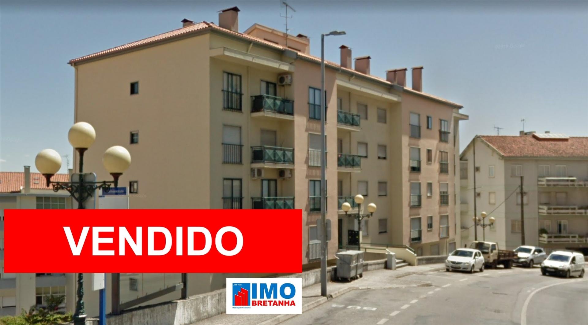 VENDIDO - T4 - Av. da Universidade - UBI