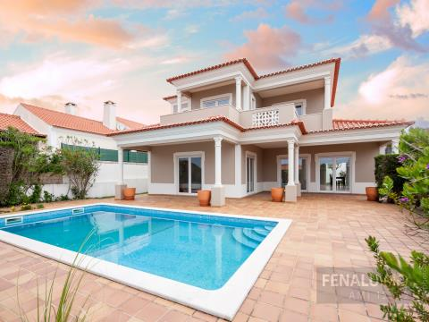 Beautiful T3 Villa with Swimming Pool
