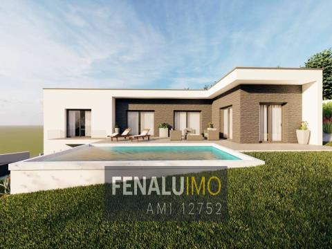 New modern 3 bedroom villa in project close to Foz do Arelho beach and golf, silver coast.