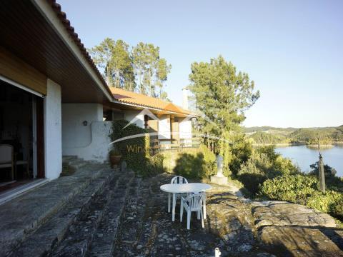 Villa con acceso al lago