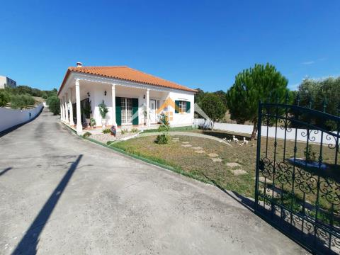 Villa with pool near Tomar and Torres Novas
