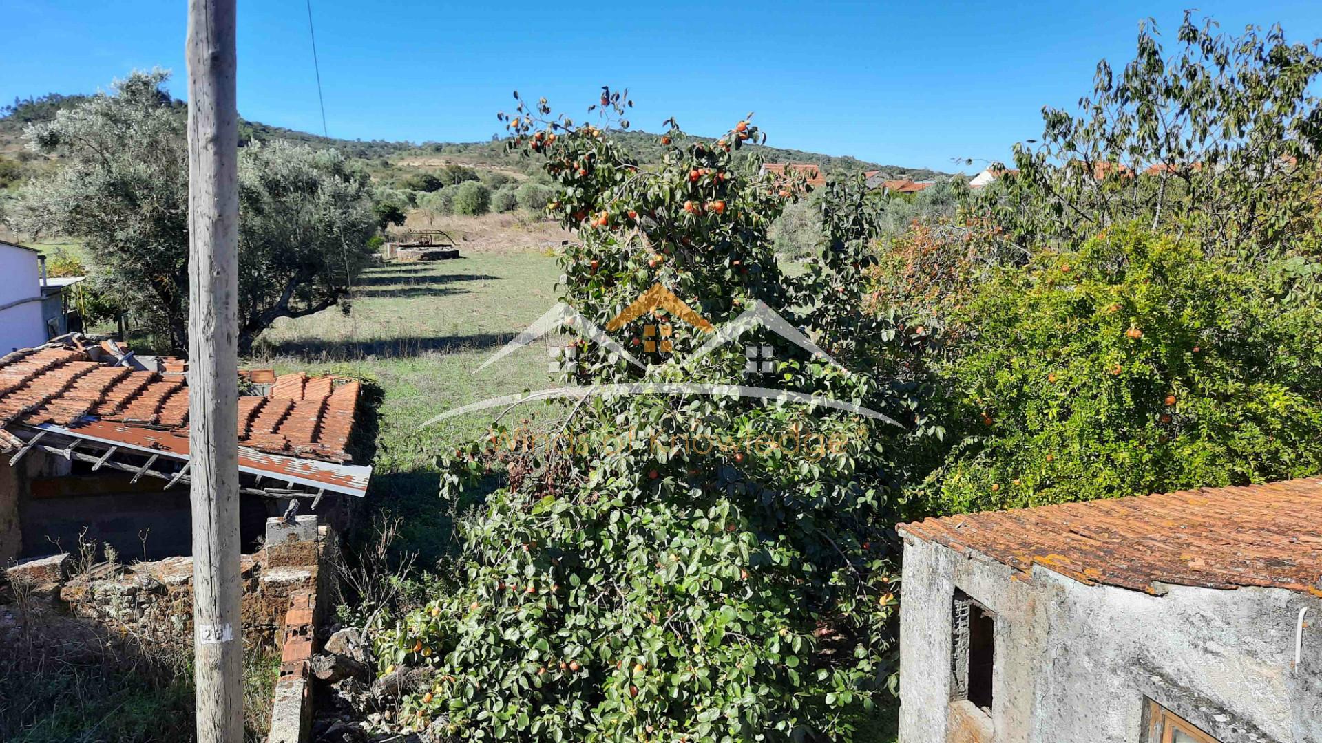 Maison à réhabiliter près de Tomar et Ferreira do Zezere