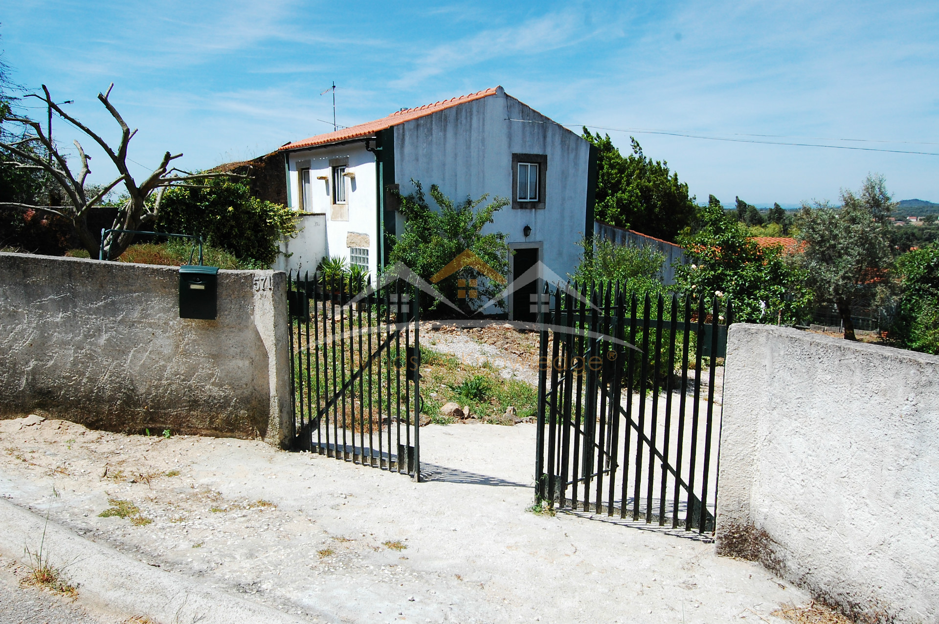 House near Tomar and Ferreira do Zêzere